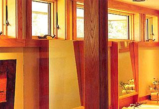 Cửa sổ sát trần nhằm thoát luồng khí luẩn quẩn